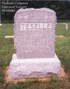 Gravestone of Harmen Jan te Selle and his wife Johanna Brethouwer te Selle, in the Holland Cemetary, Lancaster County, Nebraska